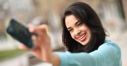Selfie Sorriso com aparelho